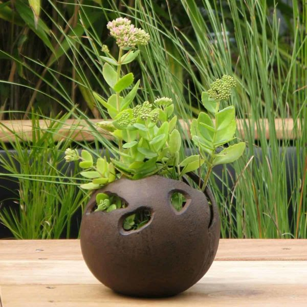 Pot de fleur extérieur boule