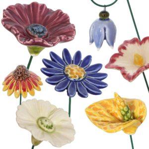 Fleurs en céramique sur tige